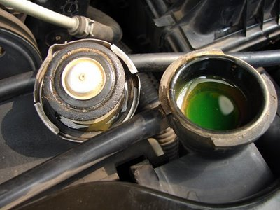 Signs Of A Blown Head Gasket >> Honda Civic Why is Car Losing Coolant | Honda-tech